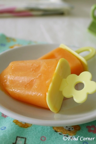 Papaya and Milk Popsicles for summer