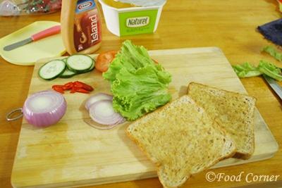 Cucumber and Tomato Sandwich recipe