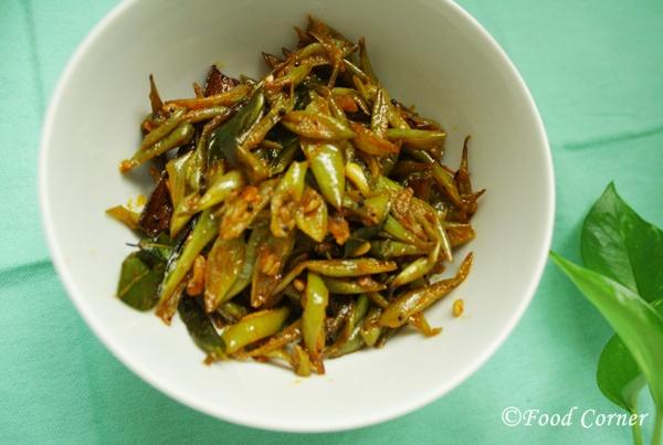 Sri Lankan recipes-Green Beans Fry-Bonchi thel dala