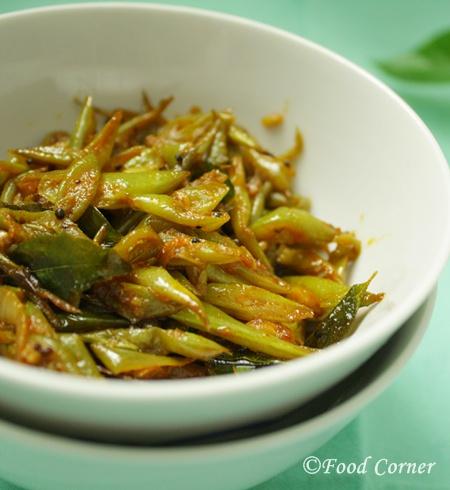 Sri Lankan Green Beans Fry-Bonchi thel dala