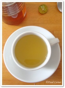 Home Remedy for sore throat-Honey lime tea