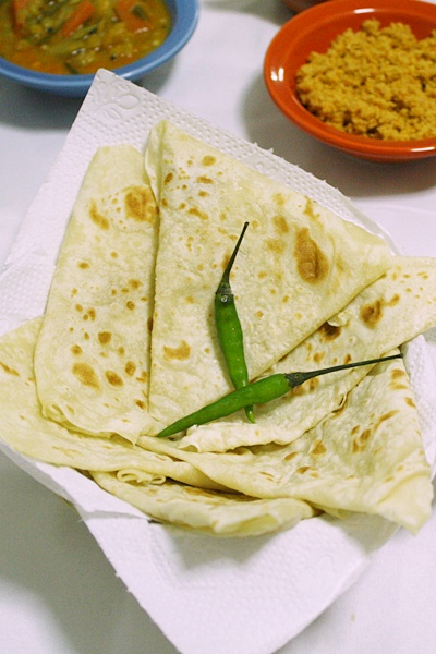 Roomali Roti (Rumali Roti)-Indian Roti Recipe