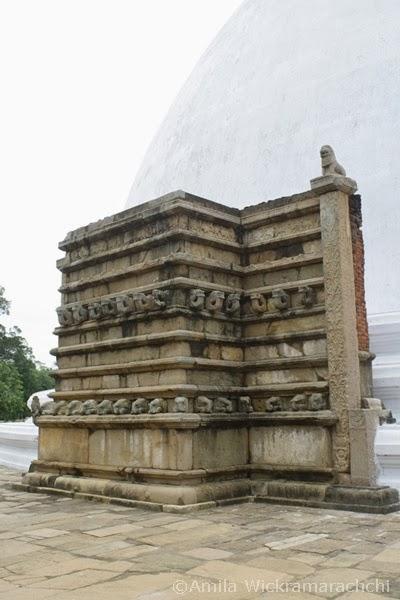 Mirisawetiya-Sri Lanka