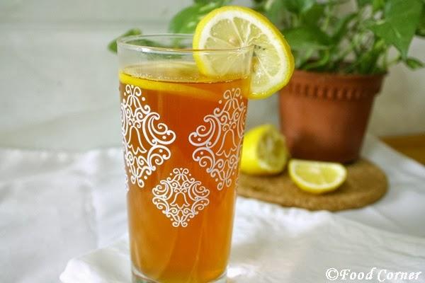 Iced Lemon Tea with Ceylon Black Tea