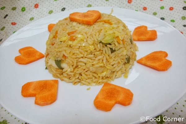 Saucy Fried Rice with Carrot Hearts