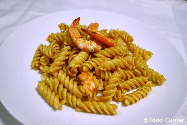 Pasta with prawns