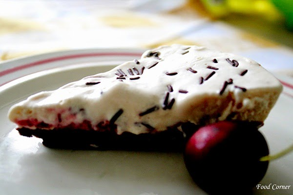 Summer Treats to Beat the Heat-Ice cream pie
