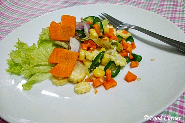 Hearty Carrot and Corn Salad