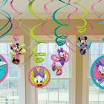 How to throw the perfect Minnie Mouse Birthday Party?