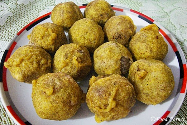 Mung Guli (A Sri Lankan Traditional Sweet)