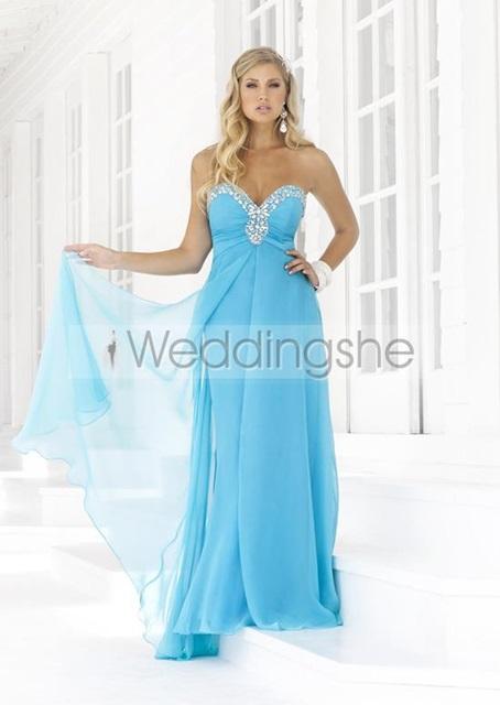Plus-size-evening-dresses