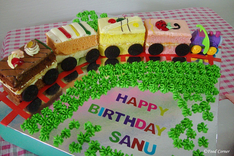 Easy Train Birthday Cake Food Corner