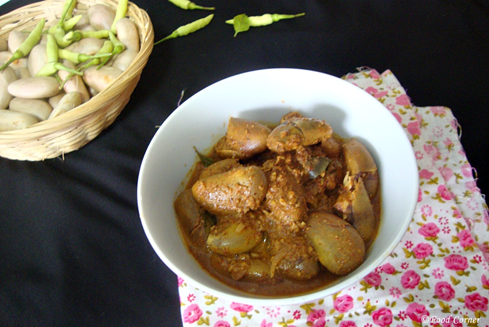 Sri Lankan Kos ata kalu pol curry (jackfruit seeds curry)