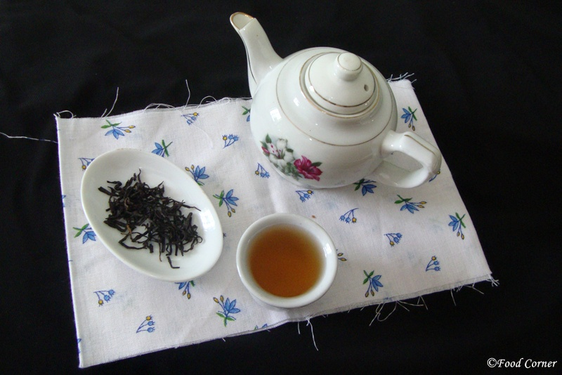 Teavivre Nonpareil Yunnan Dian Hong Chinese Red Black Tea Review