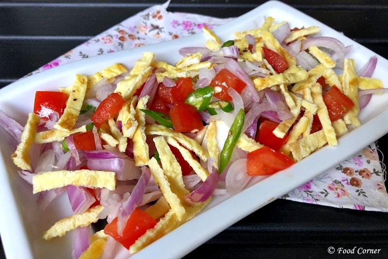 Shredded Omelette Salad