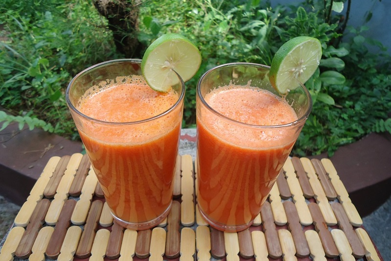 PEAR ORANGE CARROT JUICE