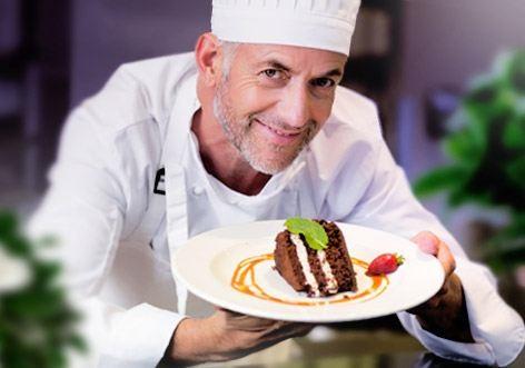 chef from EOS restaurant Max Polyakov