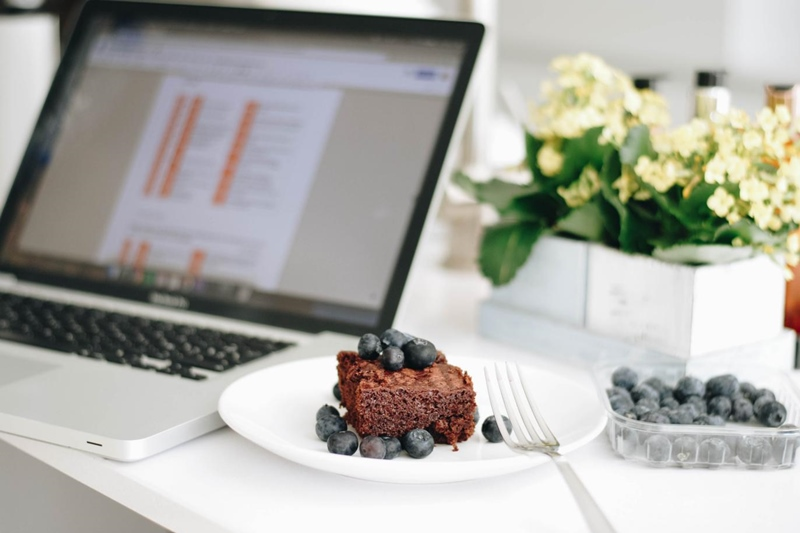 What Should Food Bloggers Write About