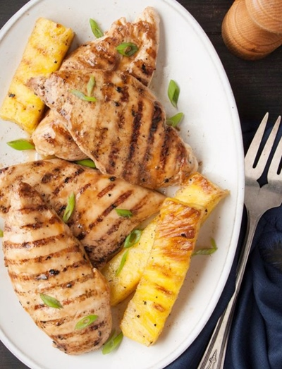 Grilled Pineapple with Chicken