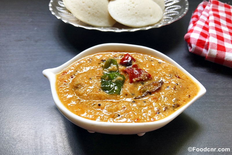 Red Coconut Chutney for Dosa and Idli